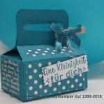 Geschenkbox mit dem Stanz-und Falzbrett für Tüten