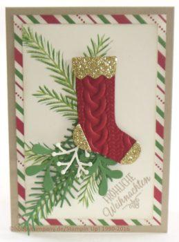 Weihnachtsstrümpfe mit Zopfmuster