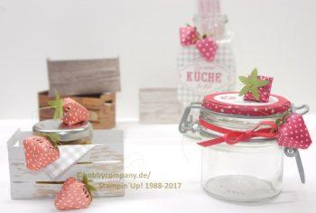 Erdbeeren basteln aus Papier