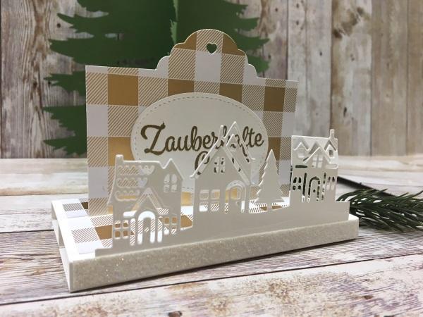 Weihnachtliche Ziehkarte Winterstädchen