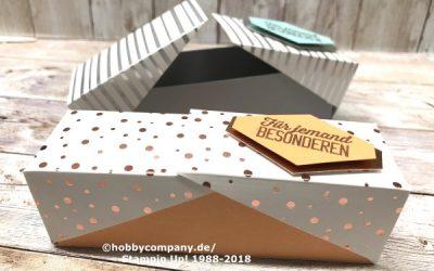 Schachtel mit Klappdeckel