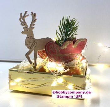 Weihnachtsdeko Hirsch mit schlitten